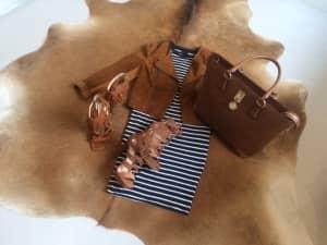 Sandalen Michael Kors Fringe Sandalen Steve Madden Tas TOV Essentials T-shirt Topshop Rok Vero Moda, Lente