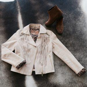 Jacket met franjes en western boots